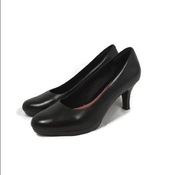 efe8446ea64 Clarks Shoes - Clarks Artisan Black Leather Classic Pumps Heels